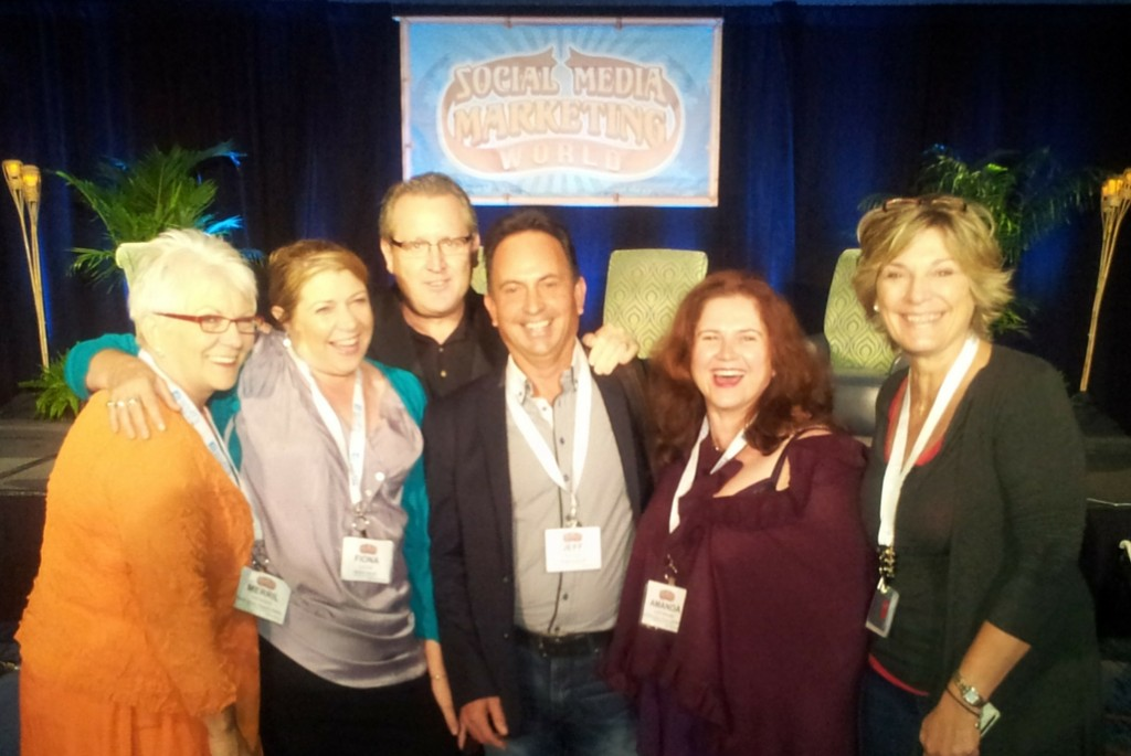 This is me at Social Media Marketing World with Merrill DeFiddes, Fiona Lucas, Jeff Bullas, Mark Schaefer and Marianne Rom.